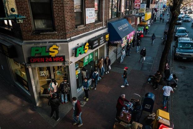 Bi kịch dân nhập cư ở New York giữa mùa COVID-19 và lời cầu bình yên cho nước Mỹ  - Ảnh 1.