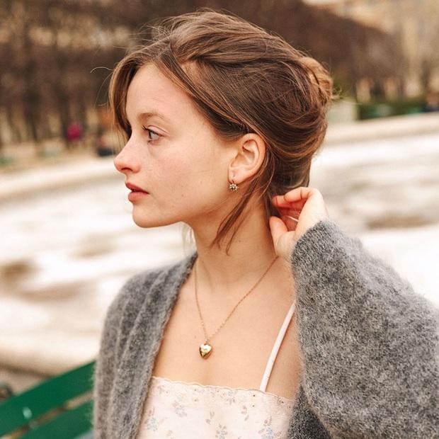 Phụ nữ Pháp có 3 cách buộc tóc để diện mạo luôn tươi mới và toát lên vẻ tao nhã, sang trọng - Ảnh 13.