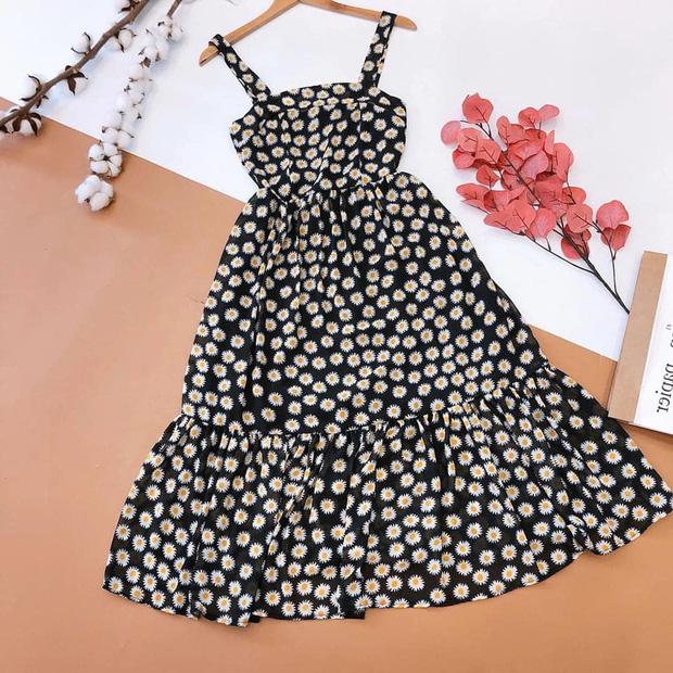 Hết chị đẹp Son Ye Jin rồi cả Rosé đều mê mệt mẫu váy hoa nhỏ xíu xiu này, còn các nàng chờ gì mà không sắm ngay! - Ảnh 15.