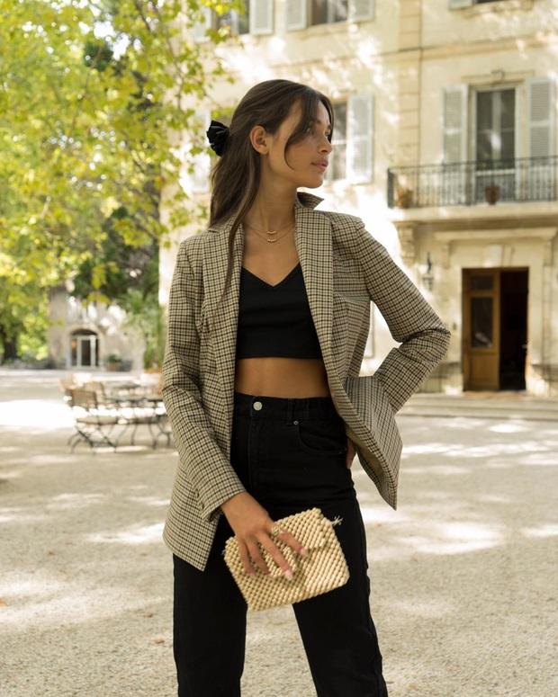 Phụ nữ Pháp có 3 cách buộc tóc để diện mạo luôn tươi mới và toát lên vẻ tao nhã, sang trọng - Ảnh 5.