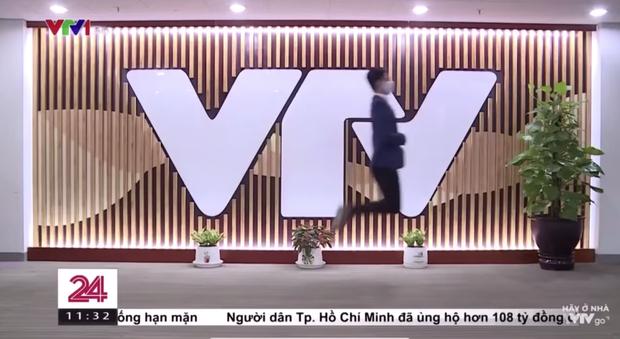 Không chỉ cà khịa cực duyên dáng, MC mặn nhất VTV còn có màn đu trend nhảy trên không khiến dân tình thả tim rần rần - Ảnh 3.