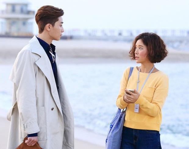 """9 """"đa giác tình yêu"""" phim Hàn làm fan mệt tim: Tầng Lớp Itaewon gây tranh cãi, Reply 1988 không ai dám xem tập cuối - Ảnh 12."""