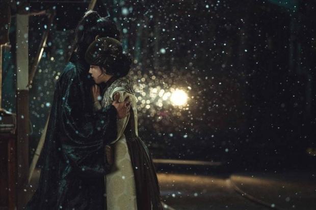 """9 """"đa giác tình yêu"""" phim Hàn làm fan mệt tim: Tầng Lớp Itaewon gây tranh cãi, Reply 1988 không ai dám xem tập cuối - Ảnh 24."""