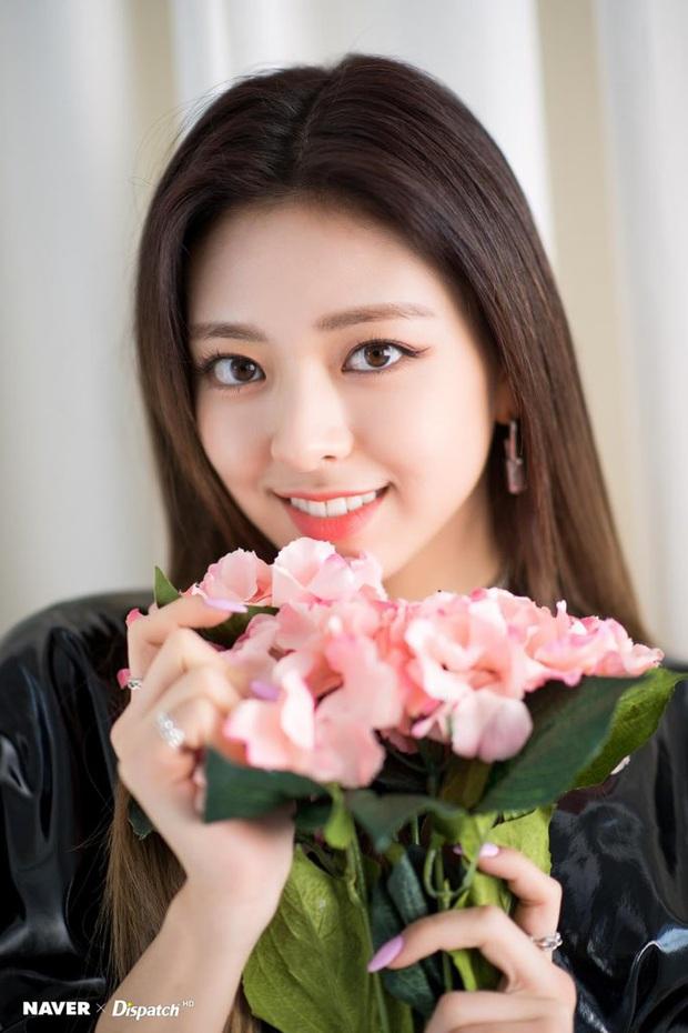 Chuyên gia thẩm mỹ chọn ra top 3 nữ idol mắt 2 mí đẹp nhất Kpop, loạt nữ thần bất ngờ mất hút và toàn mỹ nhân mới nổi - Ảnh 15.