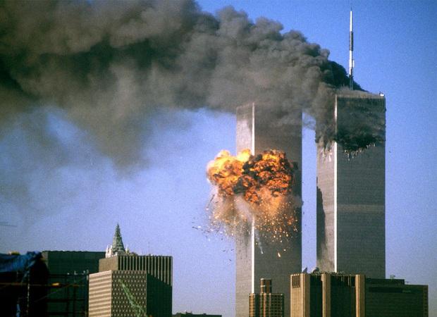 Từ chiếc băng ca trống rỗng trong vụ khủng bố 11/9 đến bệnh viện vỡ trận vì đại dịch Covid-19: Ký ức không thể quên của nữ y tá New York - Ảnh 1.