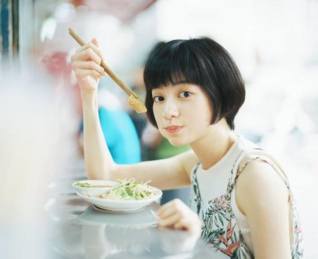 Đều đặn mỗi ngày ăn 1 quả dưa chuột, phụ nữ sẽ bất ngờ về kết quả kỳ diệu mà mình có được sau một tháng  - Ảnh 3.