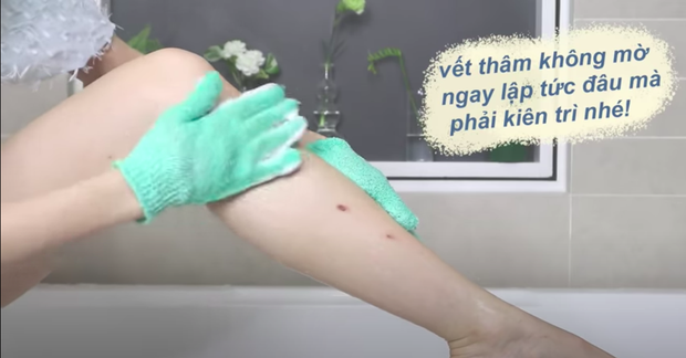 Tips giúp bạn bye bye đôi chân hoa gấm: Thói quen tắm hàng ngày có thể trị sạch vết thâm cứng đầu - Ảnh 4.