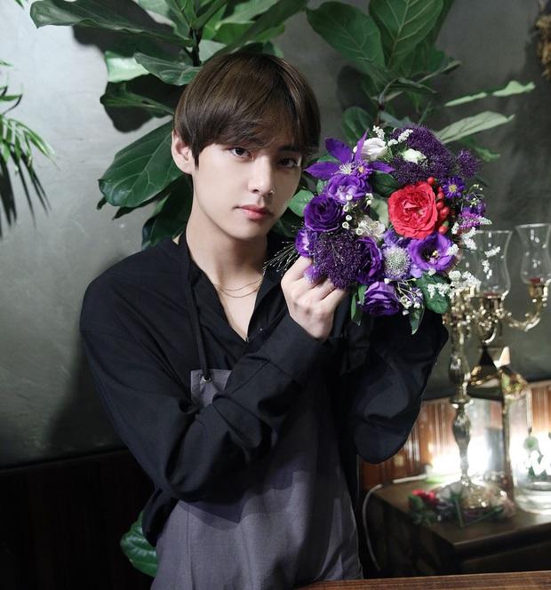 Chủ tiệm hoa mắc lỗi thông tin trong quá trình quay show với BTS, cách các thành viên phản ứng sau đó hé lộ nhân cách thật ngoài đời - Ảnh 9.
