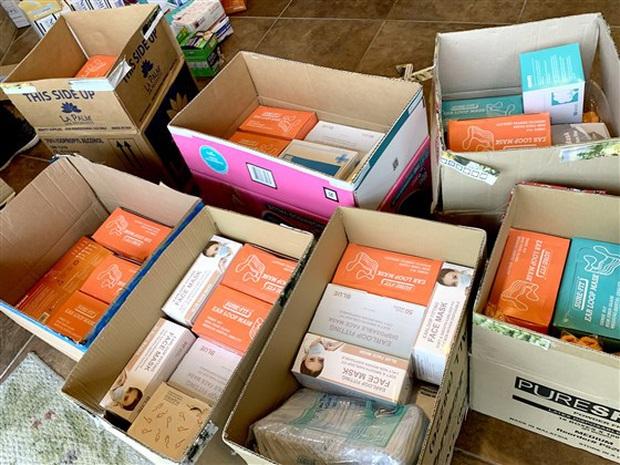 Đài truyền hình Mỹ ca ngợi loạt tiệm nail Việt Nam quyên góp hàng chục ngàn dụng cụ y tế cho bệnh viện, sẵn sàng cho đi mà không cần báo đáp - Ảnh 3.
