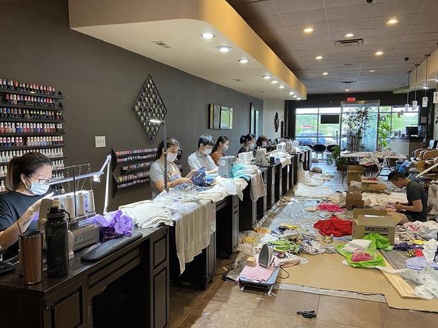 Đài truyền hình Mỹ ca ngợi loạt tiệm nail Việt Nam quyên góp hàng chục ngàn dụng cụ y tế cho bệnh viện, sẵn sàng cho đi mà không cần báo đáp - Ảnh 2.