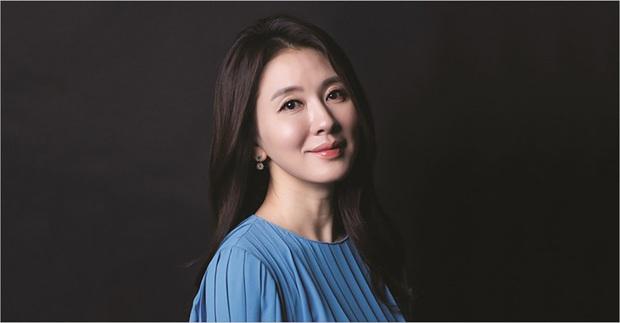 Dispatch bất ngờ đào lại vụ Park Bo Gum bị nghi lộ ảnh hẹn hò nữ minh tinh U50 của Reply 1988 - Ảnh 13.