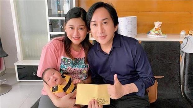 Bức ảnh hiếm hoi của NSƯT Kim Tử Long với con gái thứ 3: Bố siêu hack tuổi, con xinh xắn như hot girl - Ảnh 2.