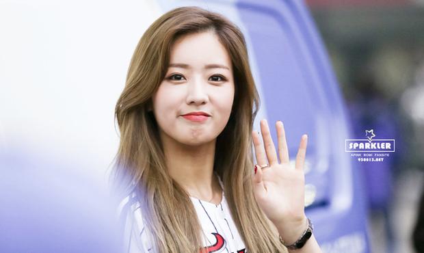 Ngoài hát hay và nhảy đẹp, các nữ idol Kpop này còn cho game thủ nam ăn hành thay cơm trong PUBG - Ảnh 8.