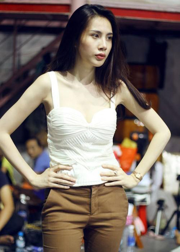 4 mỹ nhân Việt đang đầy đặn gợi cảm bỗng gầy guộc đáng báo động: Nhập hội với Ngọc Trinh còn có 3 người đẹp khác  - Ảnh 10.