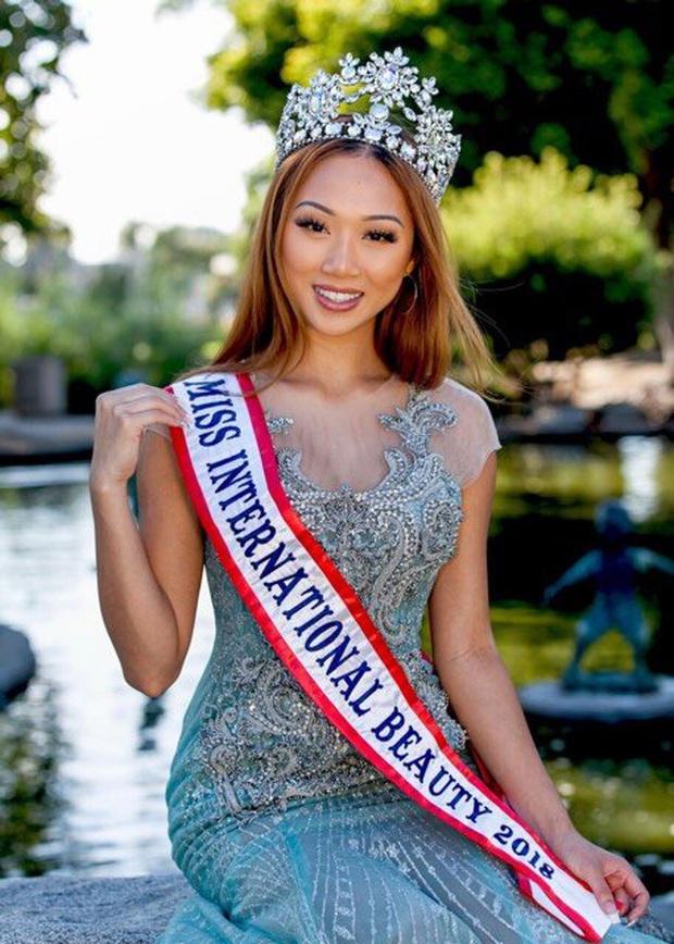 Đám tang Hoa hậu Việt Nam Toàn cầu qua đời vì đột quỵ ở tuổi 22: miễn thăm viếng, phúng điếu và vòng hoa - Ảnh 2.