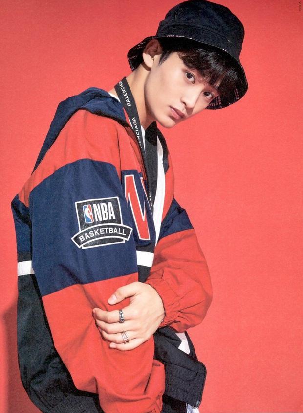 Thương cho fan của chàng rapper nhà SM: Idol comeback quanh năm khi hoạt động một lúc 5 nhóm, fan mua album chóng mặt - Ảnh 1.