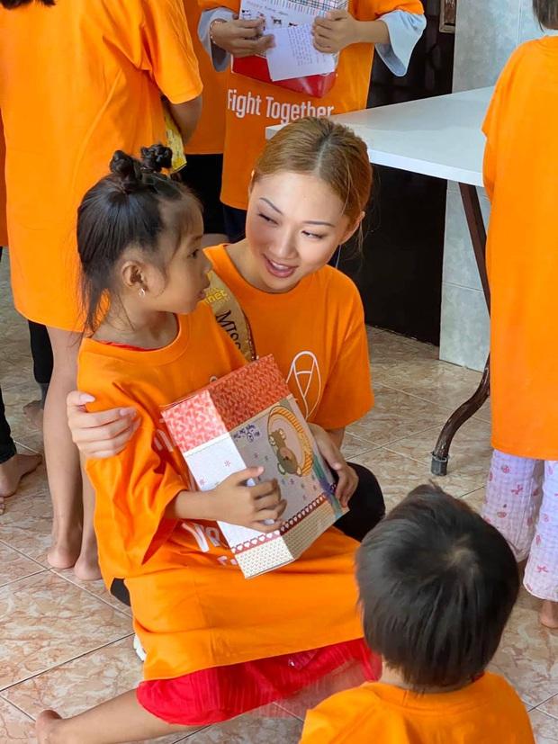 Đám tang Hoa hậu Việt Nam Toàn cầu qua đời vì đột quỵ ở tuổi 22: miễn thăm viếng, phúng điếu và vòng hoa - Ảnh 3.