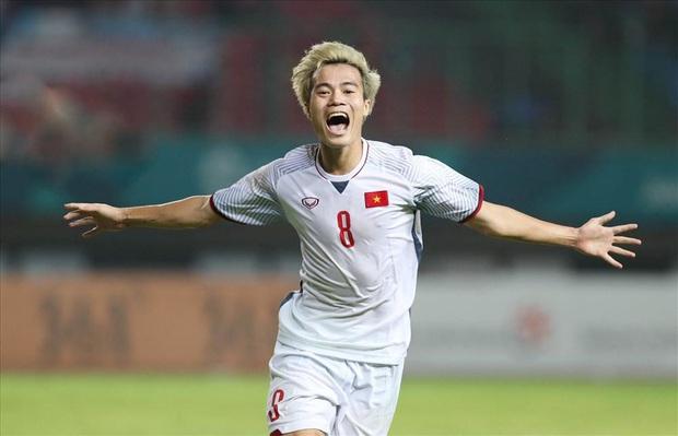 Bí mật được bật mí, cánh tay trái của HLV Park Hang-Seo tiết lộ sự thật về các cầu thủ U23, mê đá bóng nhưng cũng cuồng chơi game! - Ảnh 2.