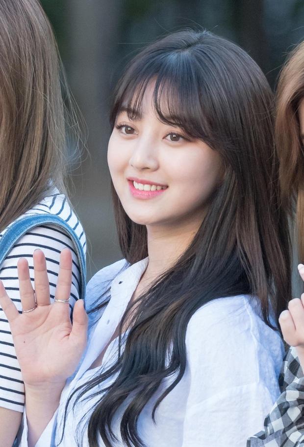 Nữ idol Jihyo của TWICE: Chơi game là lúc tôi cảm thấy thoải mái nhất, game thủ được dịp thơm lây!  - Ảnh 1.