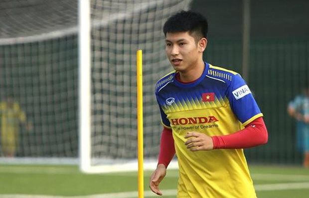 Bí mật được bật mí, cánh tay trái của HLV Park Hang-Seo tiết lộ sự thật về các cầu thủ U23, mê đá bóng nhưng cũng cuồng chơi game! - Ảnh 8.