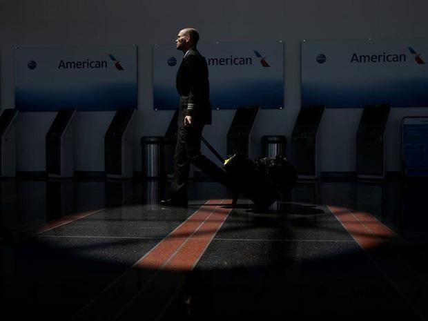 Chùm ảnh các sân bay không một bóng người tại Mỹ cho thấy Covid-19 đã tàn phá ngành hàng không khủng khiếp thế nào - Ảnh 23.