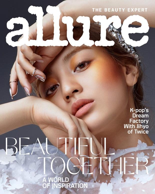 Lên hẳn tạp chí đình đám của Mỹ, Twice bị chê tơi tả vì makeup lạ nhưng lại có duy nhất một người được khen - Ảnh 4.