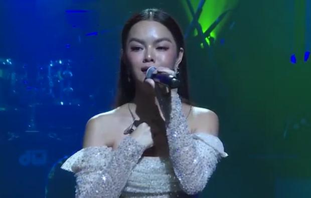 Phạm Quỳnh Anh bồi hồi chia sẻ lại đoạn clip vừa khóc vừa hát Tình Yêu Cao Thượng, fan tràn vào an ủi và so deep nhớ về thời thanh xuân - Ảnh 3.
