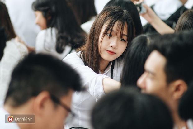 Thông tin mới nhất về thời gian đi học trở lại của 35 tỉnh thành nguy cơ thấp - Ảnh 1.