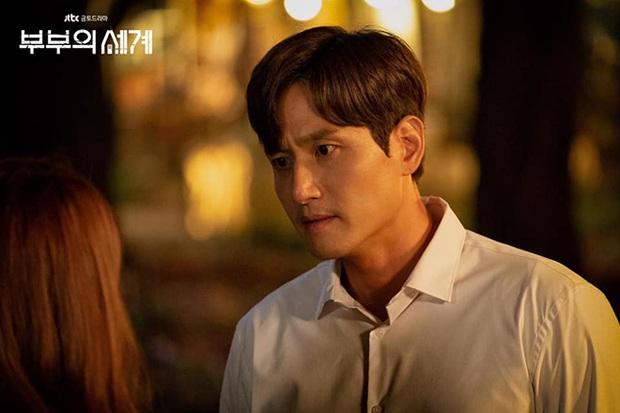Dàn sao bom tấn 19+ Thế Giới Hôn Nhân: Chị đại chuyên trị phim ngoại tình có át vía được bản sao của Song Hye Kyo? - Ảnh 5.