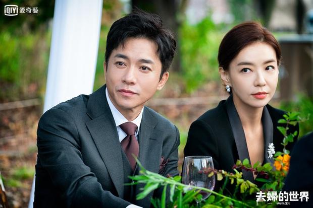 Dàn sao bom tấn 19+ Thế Giới Hôn Nhân: Chị đại chuyên trị phim ngoại tình có át vía được bản sao của Song Hye Kyo? - Ảnh 12.