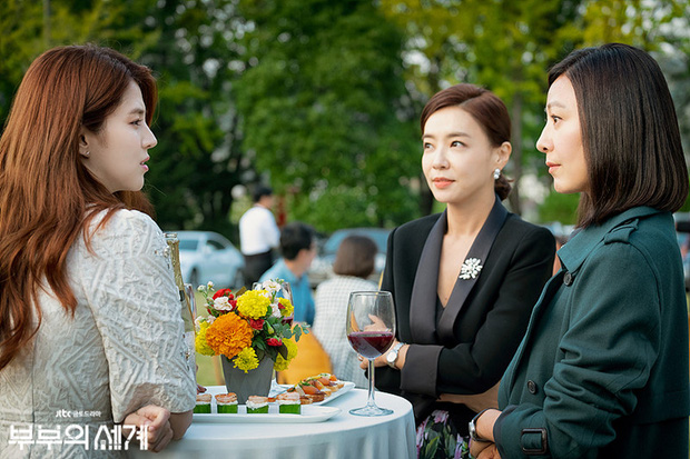 Dàn sao bom tấn 19+ Thế Giới Hôn Nhân: Chị đại chuyên trị phim ngoại tình có át vía được bản sao của Song Hye Kyo? - Ảnh 14.