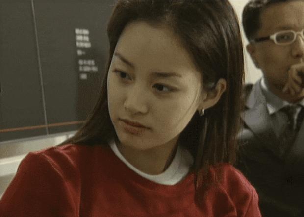 Hình ảnh thời đại học của Kim Tae Hee bất ngờ được đào mộ, liệu có xứng danh nữ thần Kbiz? - Ảnh 3.