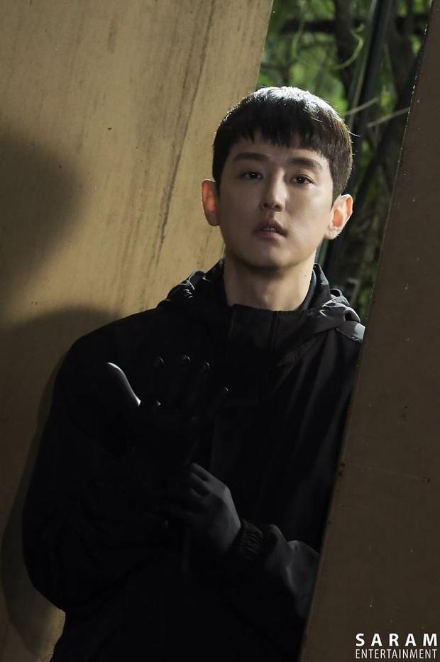 Lộ mặt siêu phản diện cực phẩm đóng vai bố Lee Min Ho, NSX Quân Vương Bất Diệt quyết nhây đến phút chót? - Ảnh 4.