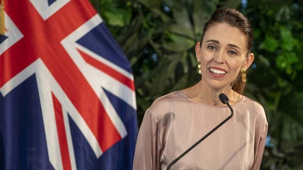 Chân dung 2 nữ thủ tướng xinh đẹp tiên phong ngăn chặn Covid-19 đang được quốc tế ca ngợi và khiến đấng mày râu cũng phải nể phục - Ảnh 2.