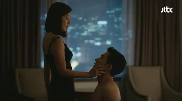 5 người tình màn ảnh của bà cả Kim Hee Ae: Tính tới thời Thế Giới Hôn Nhân, bên cạnh chị chỉ toàn phi công? - Ảnh 4.