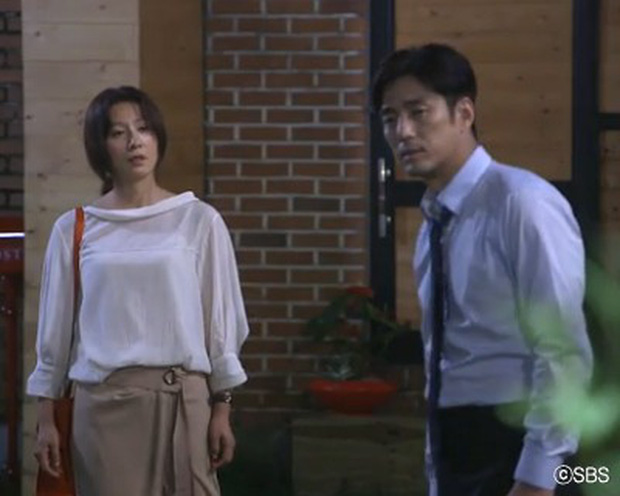 5 người tình màn ảnh của bà cả Kim Hee Ae: Tính tới thời Thế Giới Hôn Nhân, bên cạnh chị chỉ toàn phi công? - Ảnh 11.