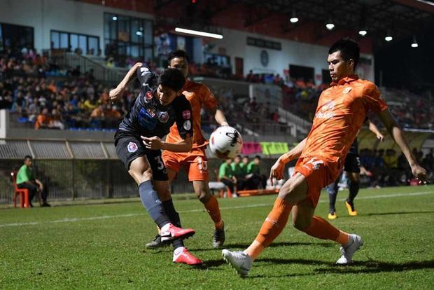 Bóng đá Thái Lan lại xôn xao vì đề xuất chẳng giống ai của Liên đoàn, phản đối mạnh nhất là đội bóng của Văn Lâm  - Ảnh 2.