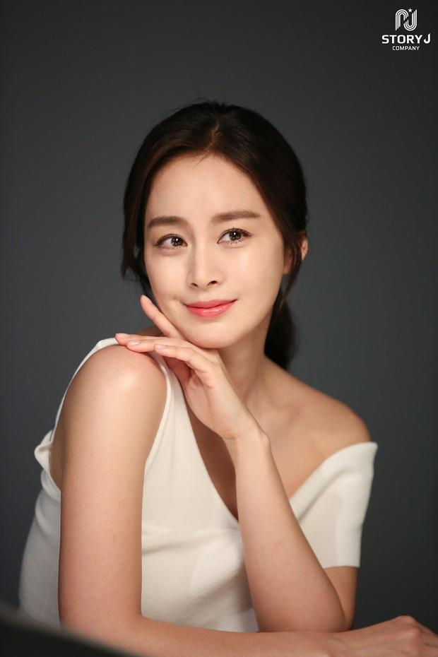 16 nữ thần màn ảnh Hàn đẹp nao núng lòng người, thời gian cũng không nỡ làm tổn thương nhan sắc các chị! - Ảnh 14.