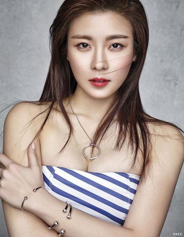 16 nữ thần màn ảnh Hàn đẹp nao núng lòng người, thời gian cũng không nỡ làm tổn thương nhan sắc các chị! - Ảnh 9.