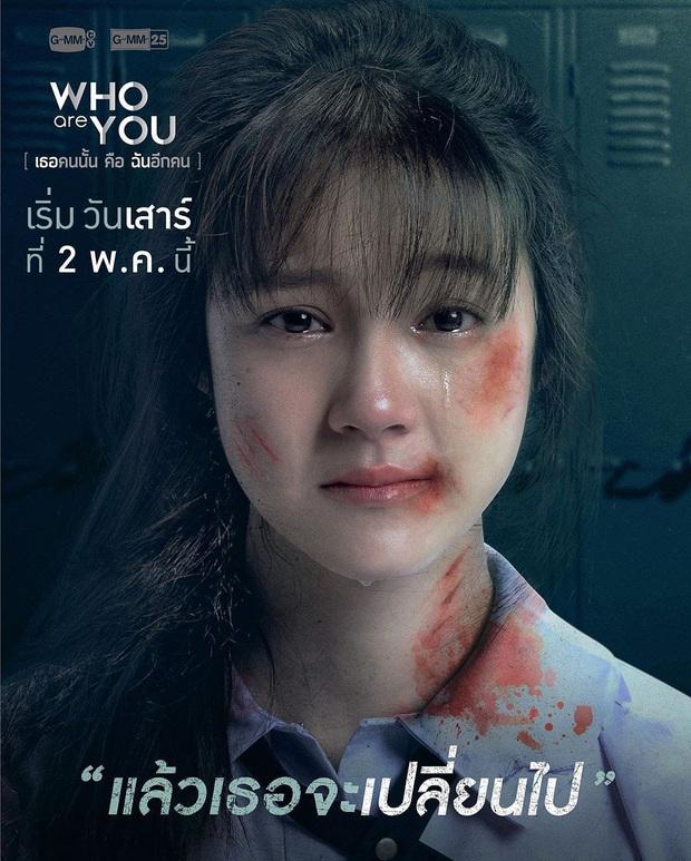 School 2015 bản Thái tung trailer siêu kịch tính, Kim So Hyun xứ Chùa Vàng xinh xuất sắc nhưng bị bức tử ngay mở màn? - Ảnh 3.