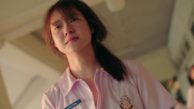 School 2015 bản Thái tung trailer siêu kịch tính, Kim So Hyun xứ Chùa Vàng xinh xuất sắc nhưng bị bức tử ngay mở màn? - Ảnh 7.