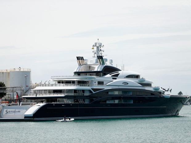 Khám phá lâu đài 300 triệu USD của Thái tử Mohammad bin Salman - người sắp trở thành ông chủ giàu nhất thế giới bóng đá - Ảnh 9.
