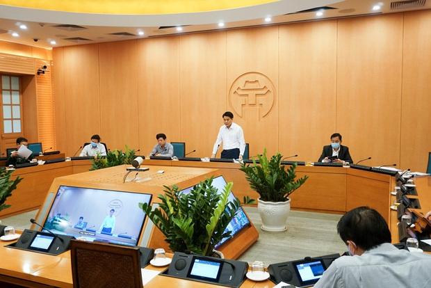 Hơn 10.000 mẫu tại thôn Hạ Lôi có kết quả âm tính, Hà Nội vẫn lo ngại xuất hiện thêm ca mắc mới trong cộng đồng - Ảnh 1.