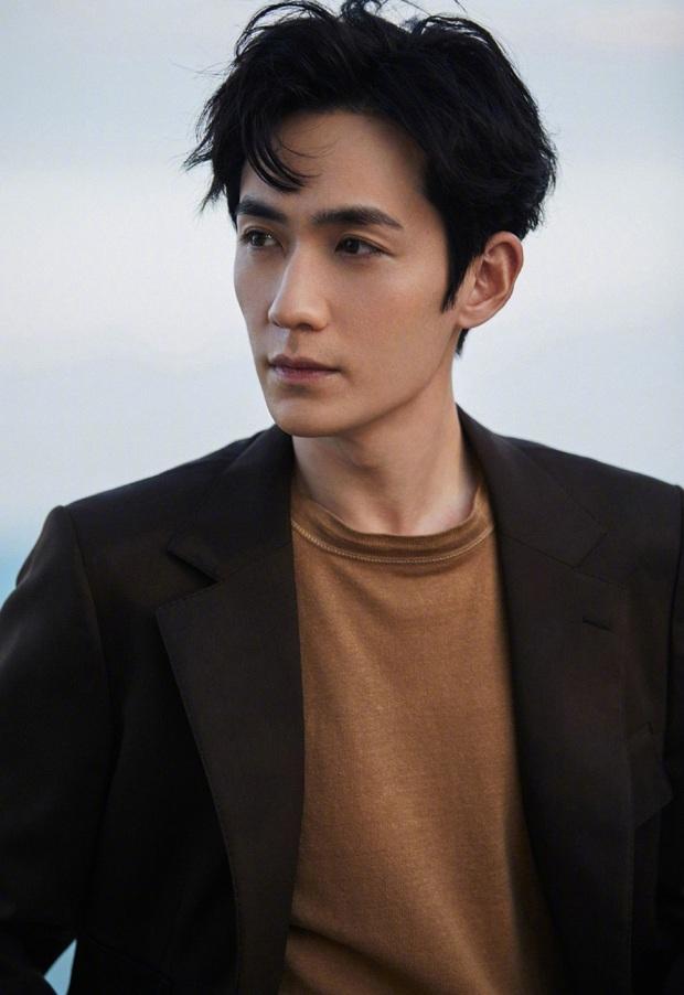 Phim mới của thầy Thẩm Chu Nhất Long khai máy giữa mùa Cô Vy, dàn diễn viên toàn cực phẩm đáng mong chờ - Ảnh 5.