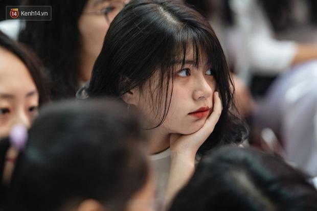 Đại học Ngoại thương và Đại học Quốc gia Hà Nội sẽ tổ chức kỳ thi riêng để tuyển sinh - Ảnh 1.