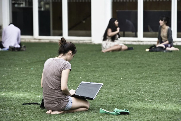 Australia sẽ thiệt hại 60 tỉ AUD do mất nguồn thu từ sinh viên quốc tế - Ảnh 1.