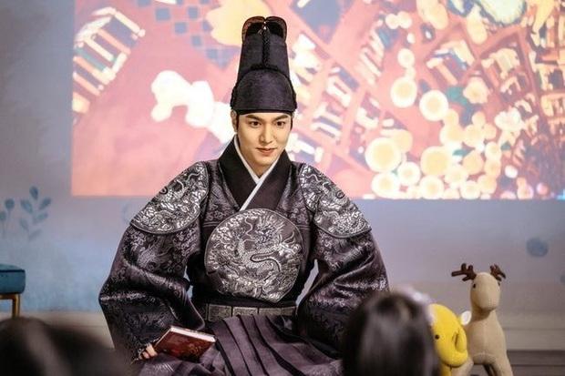 Lộ tạo hình cổ trang đẹp ngất ngây của Quân Vương Bất Diệt Lee Min Ho, chồng của mợ nào hốt ngay còn kịp! - Ảnh 2.