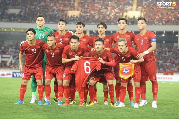 Hoãn trận Việt Nam vs Indonesia: Người hâm mộ cần làm gì để được hoàn tiền vé?  - Ảnh 1.