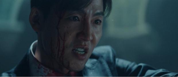 Knet khen chê lẫn lộn tập mở màn Quân Vương Bất Diệt: Lee Min Ho đẹp trai lại diễn hay, nhưng phim cứ sai sai thế nào ấy nhỉ? - Ảnh 4.