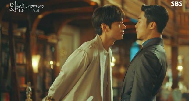 Knet khen chê lẫn lộn tập mở màn Quân Vương Bất Diệt: Lee Min Ho đẹp trai lại diễn hay, nhưng phim cứ sai sai thế nào ấy nhỉ? - Ảnh 7.